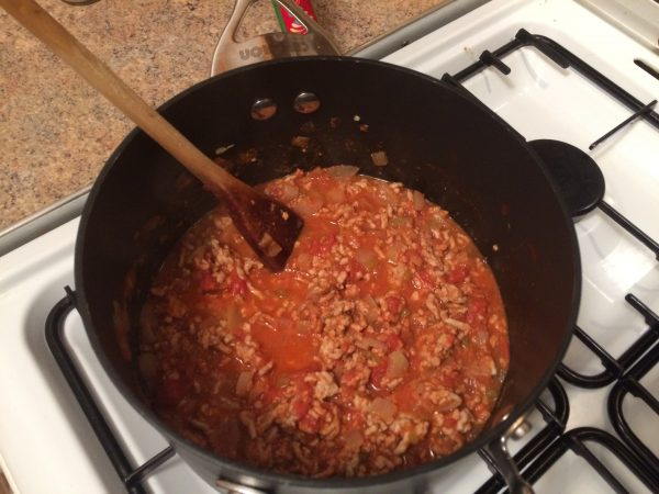 cook the pork mince and tomato filling